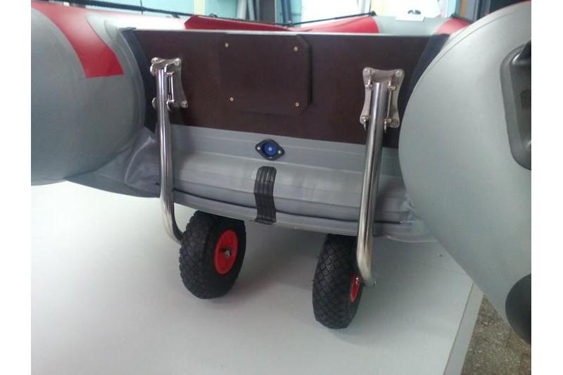 Установка транцевых колёс на лодку с нднд